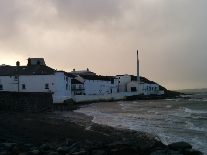 The distillery is located on the southern shore of Loch Indaal and is also exposed to the sea.