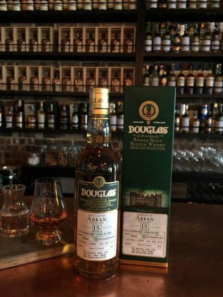 Isle_of_Arran_15YO_-_Douglas_of_Drumlanrig_-_whisky_singapore
